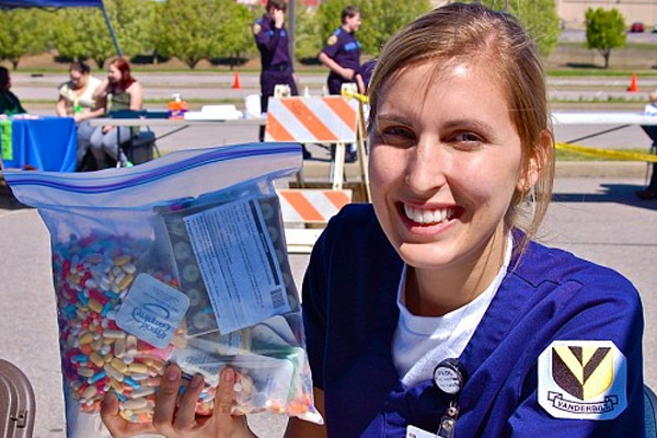 VUSN event aids drug disposal efforts