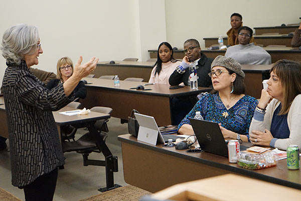 VUSN receives $1.35 million FNLP grant to educate future faculty