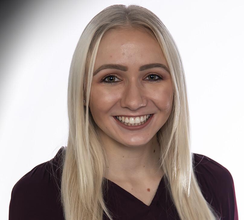 Layne Karhoff (EY)