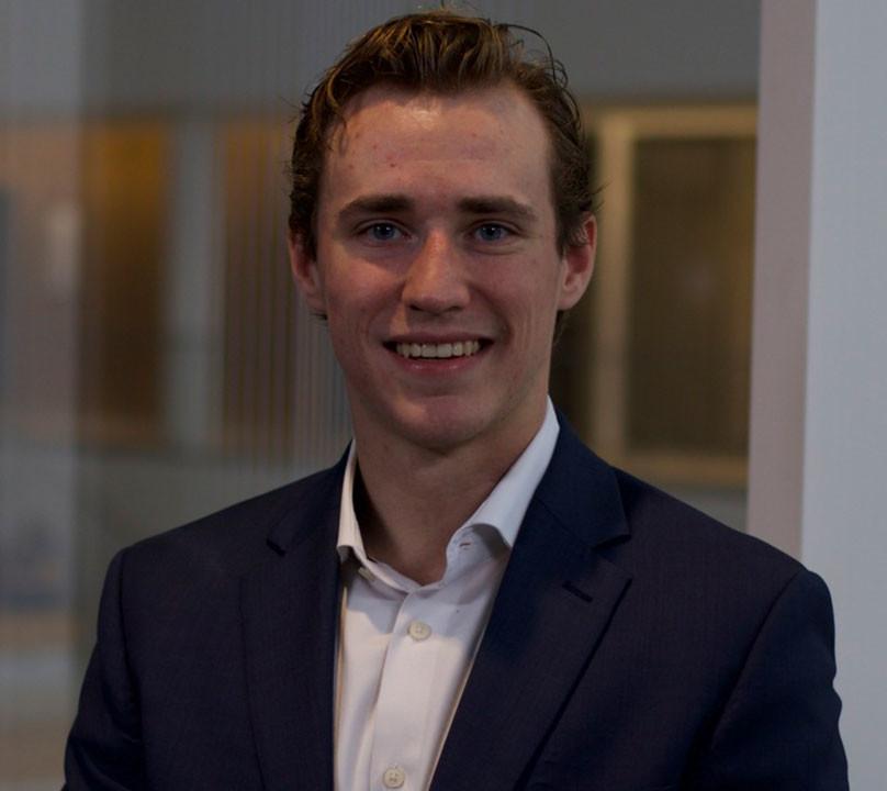 Justin Dvorsky (EY)