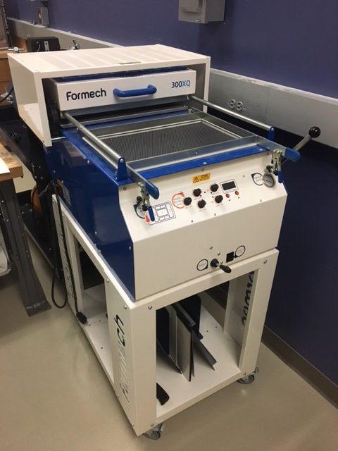 Vacuum former equipment at wondry makerspace