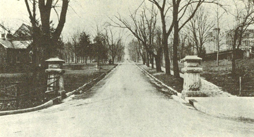 Broad Street entrance to Vanderbilt campus 1917