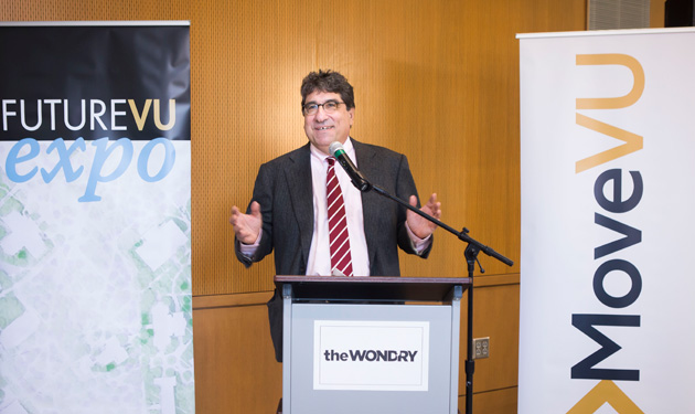 Chancellor Zeppos speaking at MoveVU event