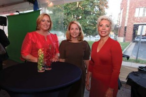 The Carell daughters (L to R), Kathryn Brown, Edie Johnson and Julie Stadler.  Photo by Anne Rayner.