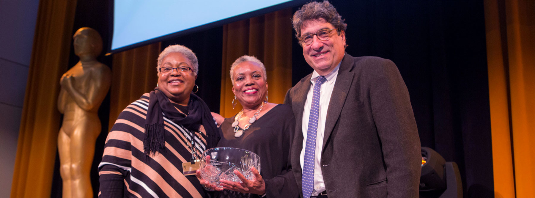 The Equity, Diversity and Inclusion Distinguished Leadership Award recognizes staff commitment to equity, diversity and inclusion